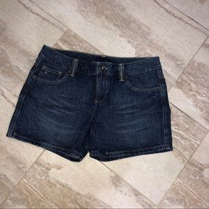 Tommy Hilfiger Shorts! GREAT Condition! Like new!